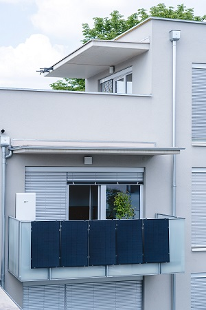 SOLMATE Solarstromanlage Terrasse